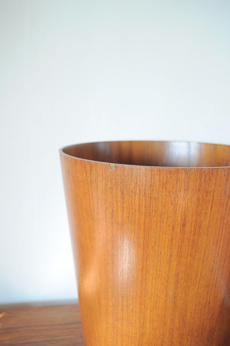 Mid-20th Century Beautiful Swedish Waste Paper Basket Designed by Martin Åberg for Servex For Sale