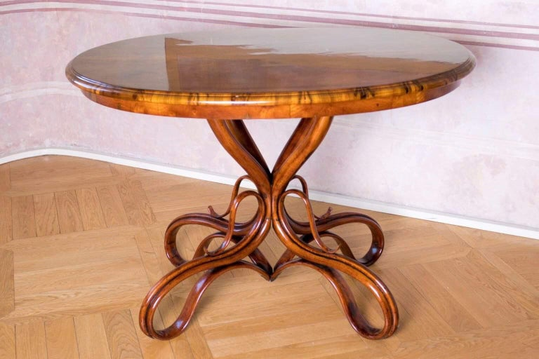Late 19th Century Beautiful Thonet Restored Table For Sale