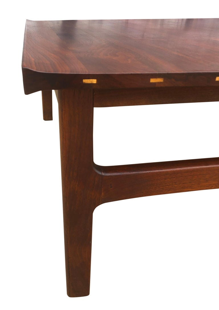 Beautiful Tove & Edvard Kindt-Larsen Teak Coffee Table by DUX In Good Condition For Sale In BROOKLYN, NY