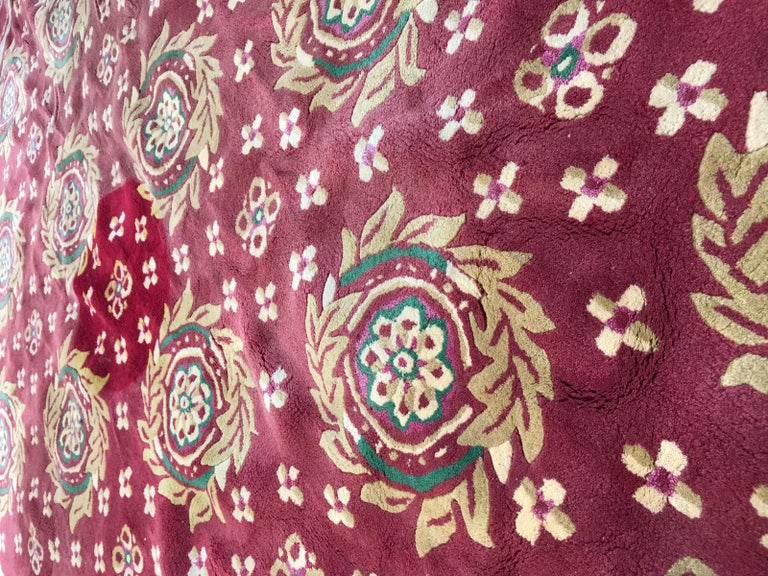 Beautiful Vintage Aubusson Design Hand Tufted Rug For Sale 5