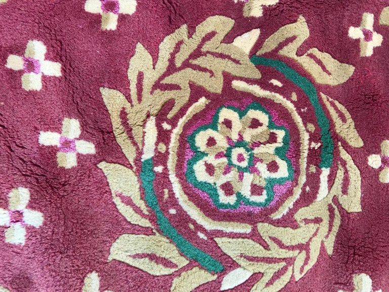 Beautiful Vintage Aubusson Design Hand Tufted Rug For Sale 1