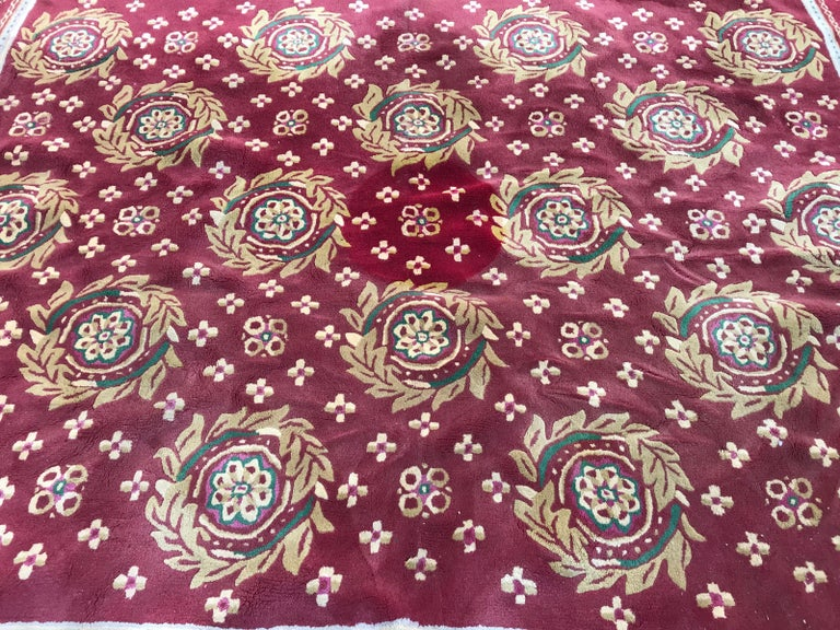 Beautiful Vintage Aubusson Design Hand Tufted Rug For Sale 2