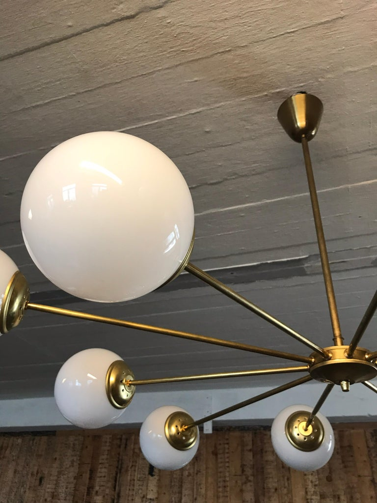 Beautiful Vintage Italian 10 Arm Chandelier in Brass with Opaline Glass Shades For Sale 2