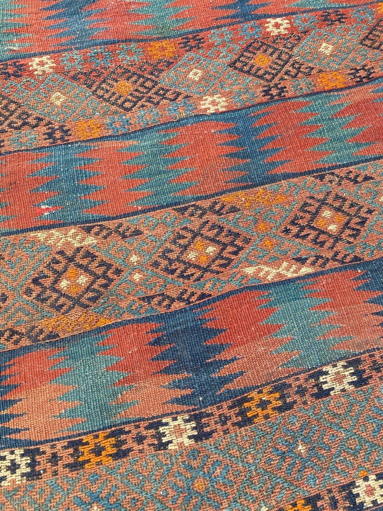Beautiful Vintage Long Turkish Kilim In Good Condition In Saint Ouen, FR