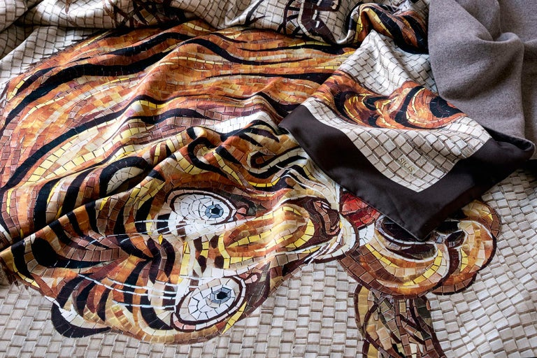 Modern Beautiful Tiger Bedcover Blanket Silk Cashmere Wood For Sale