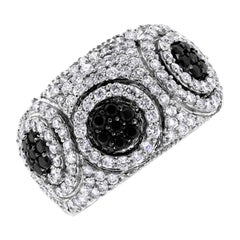 Beauvince Chantelle Black and White Diamond Band in White Gold