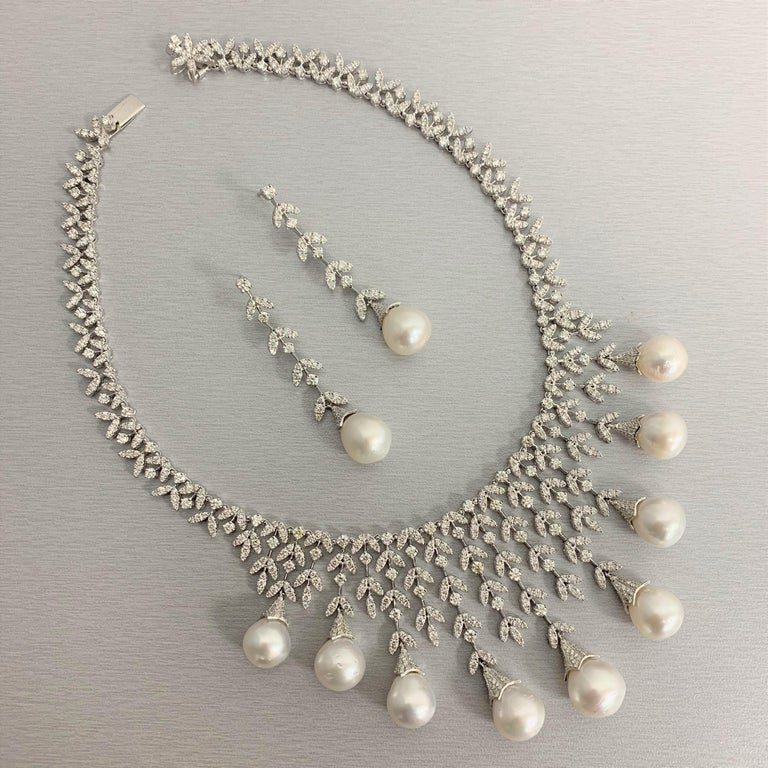 Contemporary Beauvince Diamond and South Sea Pearls Necklace and Earrings Suite in White Gold For Sale