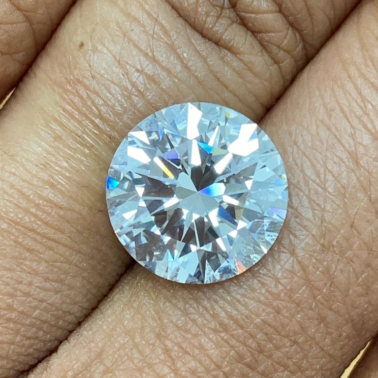 Round Cut Beauvince GIA Certified 6.83 Carat Round FVVS2 Solitaire Engagement Ring For Sale