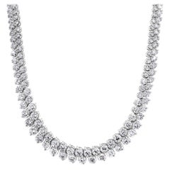 Beauvince Graduated Angular Round Diamond 23.96 Carat Tennis Necklace in Gold