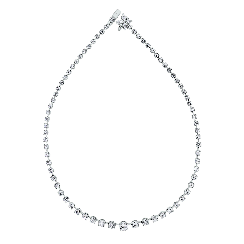 Beauvince Graduated Riviera Tennis Diamond Necklace in Platinum