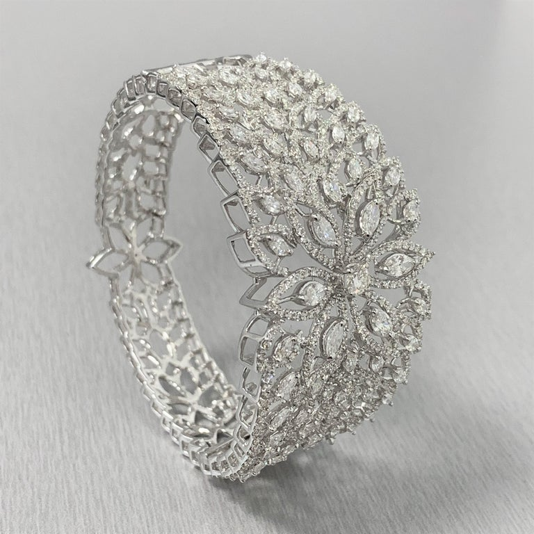 Beauvince Marquise Diamond Halo Cuff Bangle in White Gold In New Condition For Sale In New York, NY