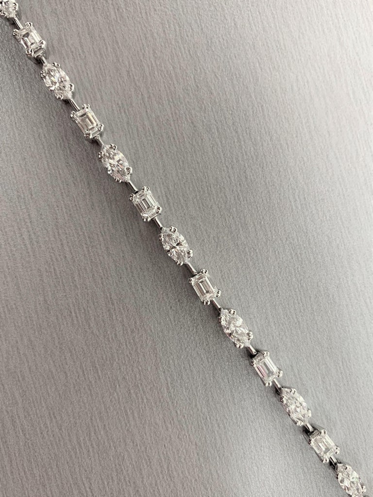 Marquise Cut Beauvince Marquise and Emerald Cut Diamond Tennis Bracelet in Platinum For Sale