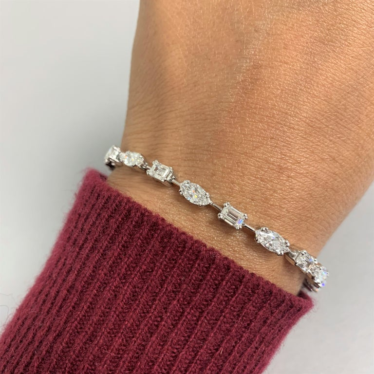 Beauvince Marquise and Emerald Cut Diamond Tennis Bracelet in Platinum In New Condition For Sale In New York, NY