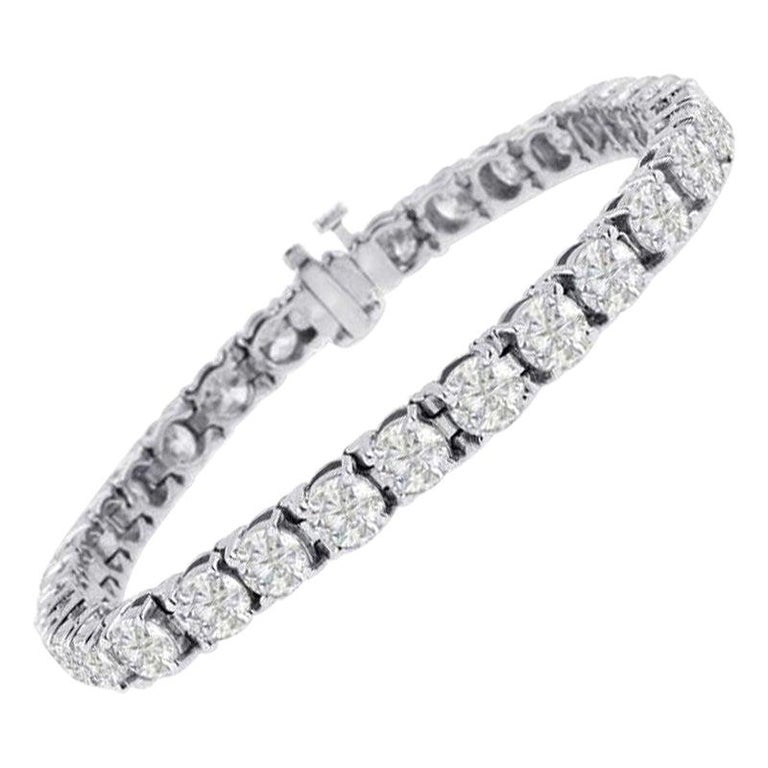 Beauvince Solitaire Diamond 15.36 Carat Tennis Bracelet in White Gold For Sale
