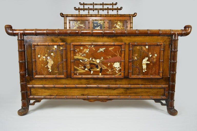 Carved Bed with Japanese Inlaid Panels, Japonisme, France, circa 1880