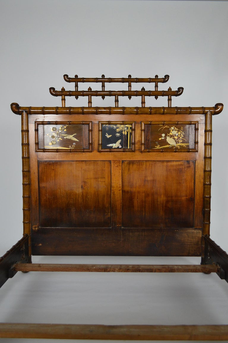 Bed with Japanese Inlaid Panels, Japonisme, France, circa 1880 In Fair Condition In L'Etang, FR