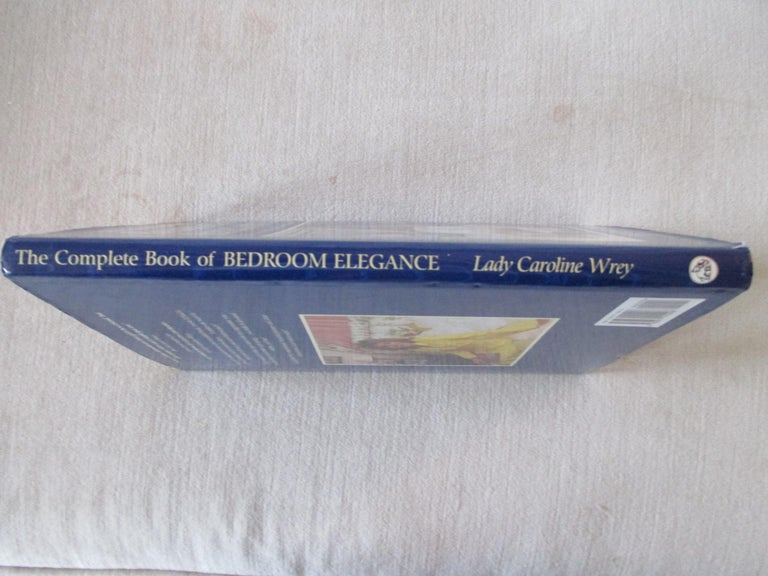 'Bedroom Elegance' Hardcover Book In Good Condition For Sale In Wilton Manors, FL