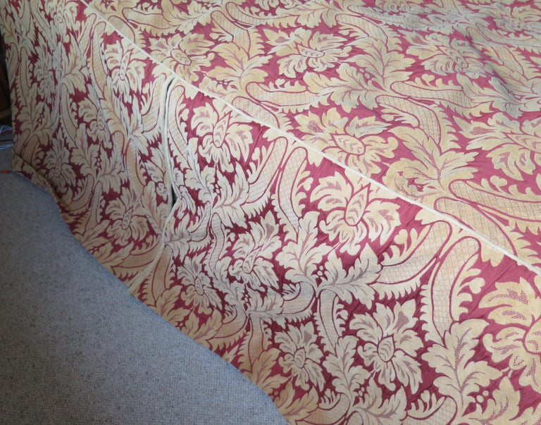 Bedspread or Throw Double Bed Size Box Pleats Baroque Pattern, Vintage For Sale 2