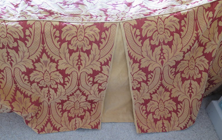 Bedspread or Throw Double Bed Size Box Pleats Baroque Pattern, Vintage For Sale 3