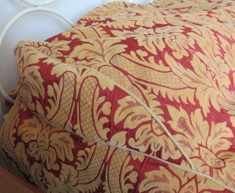 Bedspread or Throw Double Bed Size Box Pleats Baroque Pattern, Vintage For Sale 7