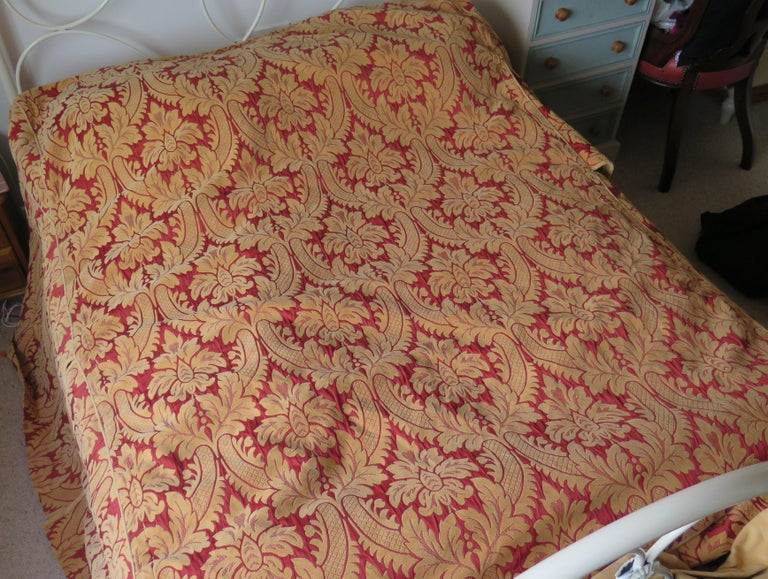 Bedspread or Throw Double Bed Size Box Pleats Baroque Pattern, Vintage In Good Condition For Sale In Lincoln, Lincolnshire