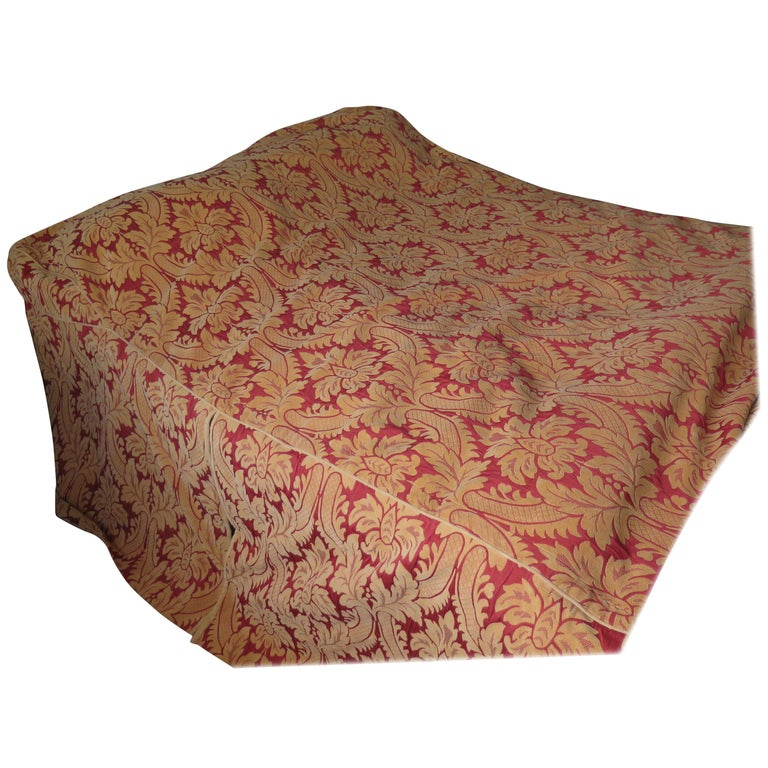 Bedspread or Throw Double Bed Size Box Pleats Baroque Pattern, Vintage For Sale