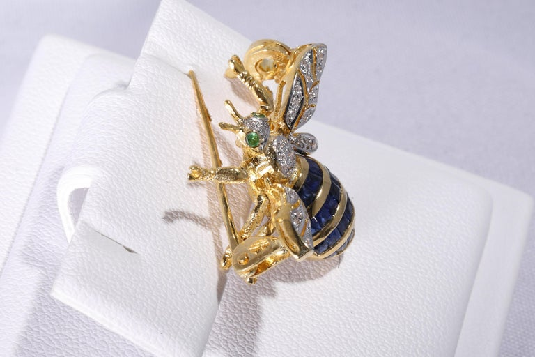 Princess Cut Bee Brooch with Sapphires For Sale