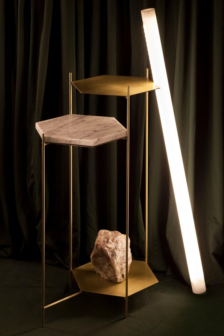 BEE Minimalist Hexagonal Side Table in Brass & Marble Top by Ries For Sale 6