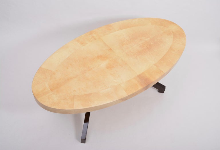Beige Aldo Tura Oval Dining Table in Lacquered Goatskin For Sale 1