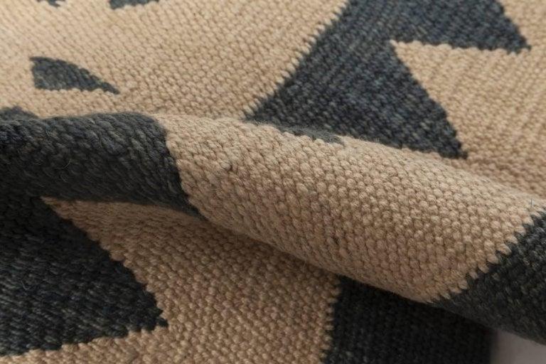 Indian Beige and Dark Blue Modern Flat-Weave Rug For Sale