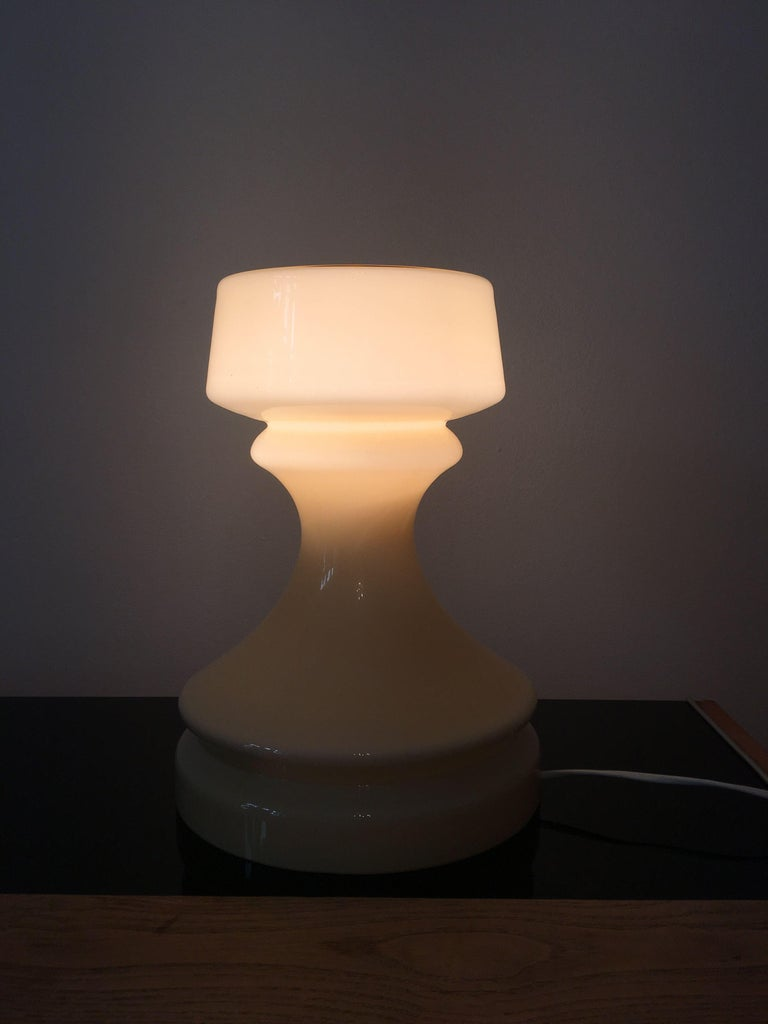 Mid-20th Century Beige Chess Glass Table Lamp by Ivan Jakes, 1960s For Sale