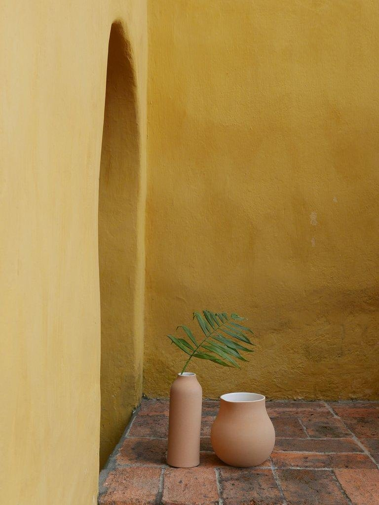 Mexican Beige Clay and Stoneware Vessel, Medium, in Stock For Sale