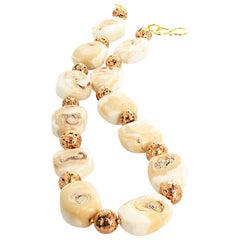"Gemjunky 21"" Elegant Beige/Cream Coral and Goldy Rondels Campaign Necklace"