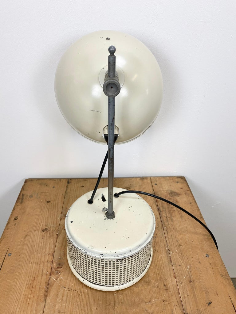 Beige Industrial Table Lamp, 1950s In Good Condition For Sale In Mratin, CZ
