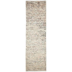 Nazmiyal Collection Beige Modern Moroccan Style Runner. 2 ft 8 in x 9 ft 7 in