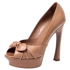 Beige Patent Leather And Leather Bow Tie Palais Platform Peep Toe Pumps Size 38