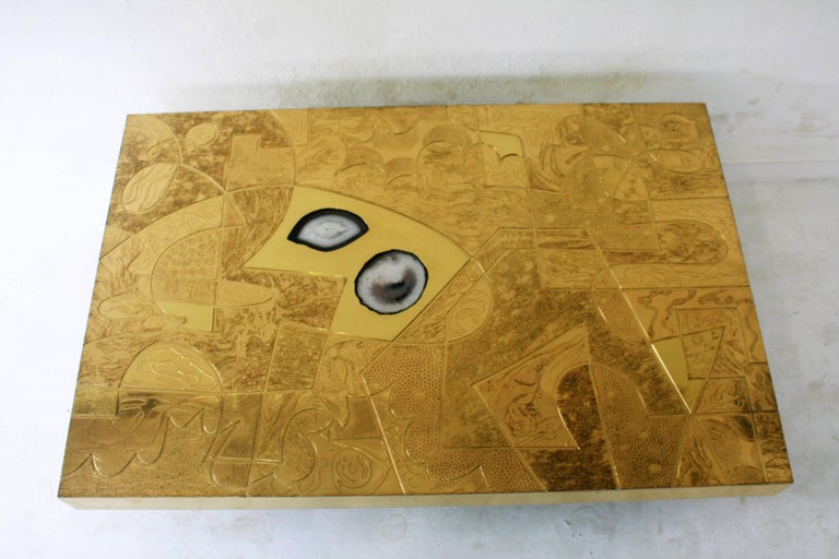 Belgali Coffee Table, Patinated Acid Etched Brass and High End Agate Slice For Sale 2