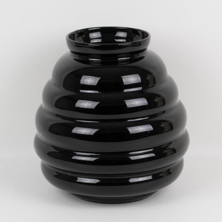 Belgian 1950s Oversized Black Glass Vase In Excellent Condition For Sale In Atlanta, GA