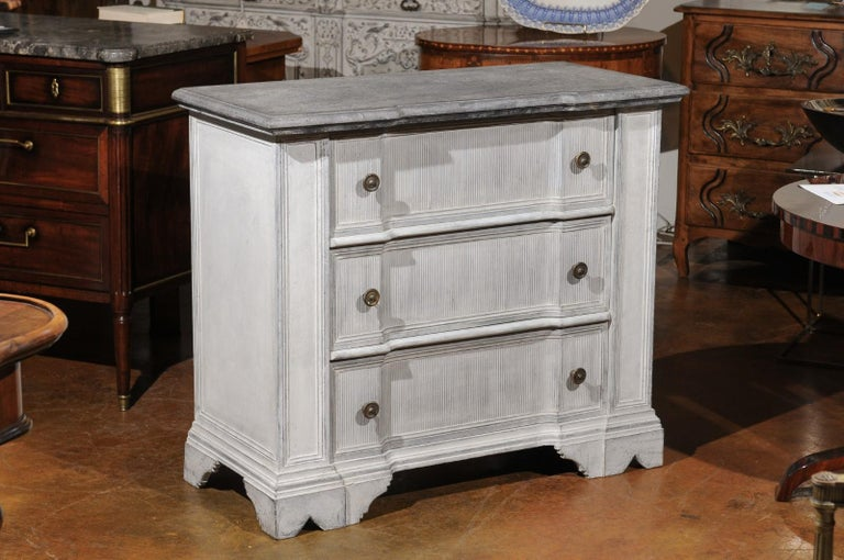 Belgian 19th Century Painted and Carved Three-Drawer Chest with Reeded Accents In Good Condition For Sale In Atlanta, GA