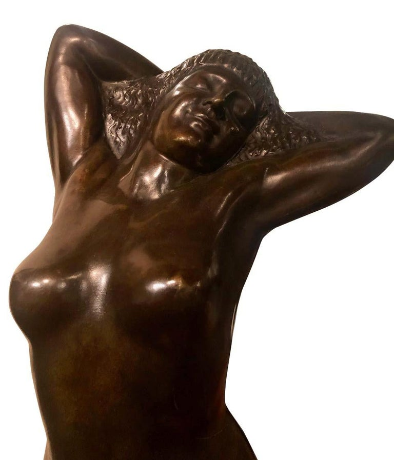 Belgian Art Deco bronze female sculpture by Joseph Witterwulghe. The quality and composition of this piece is unique and a pleasure to look at. Very high-quality bronze production signed on the base by the artist with the foundry stamp as well. A