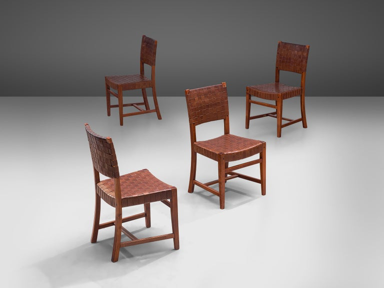 Mid-Century Modern Belgian Set of Four Dining Chairs in Leather and Oak For Sale