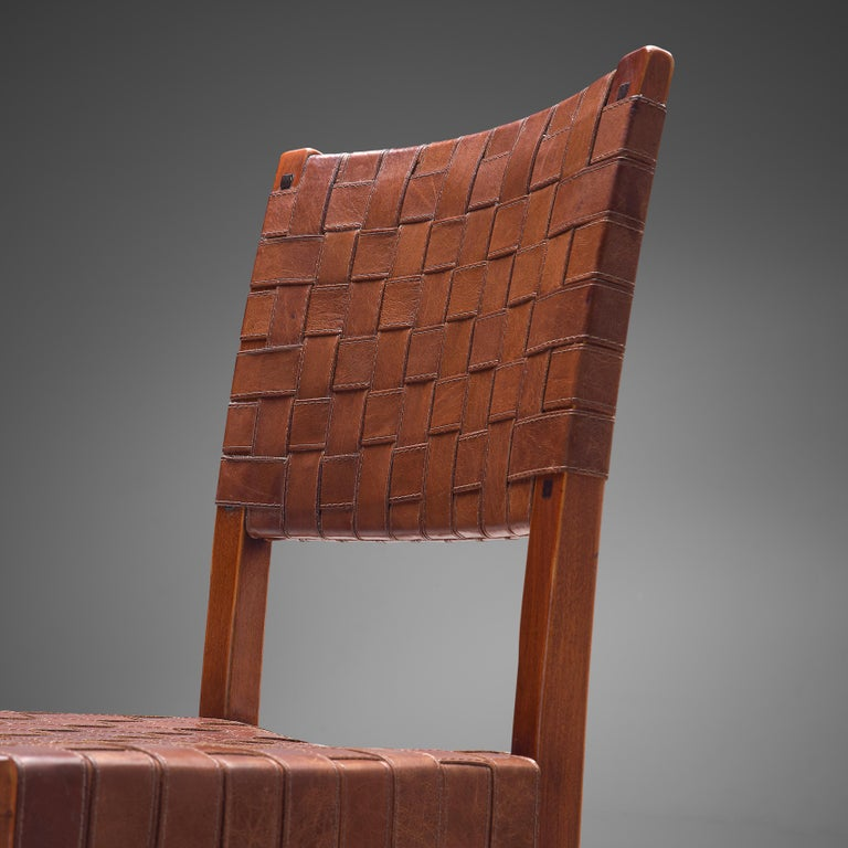 Late 20th Century Belgian Set of Four Dining Chairs in Leather and Oak For Sale