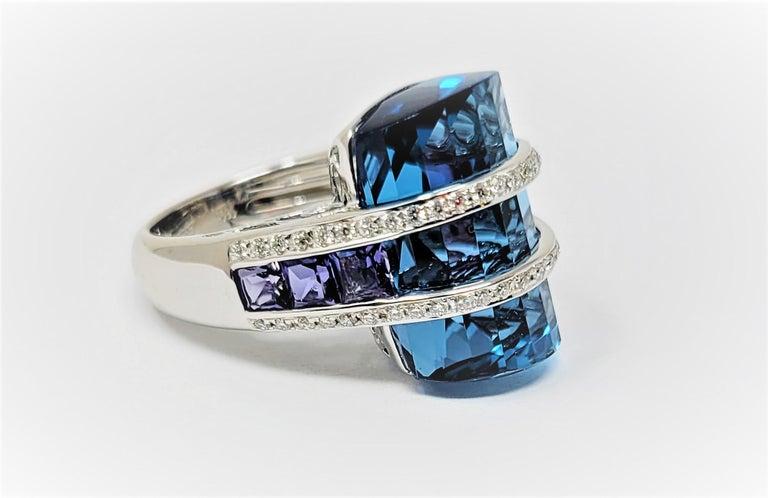 Modern Bellari Blue Topaz Iolite Diamond Ring in 18 Karat White Gold For Sale