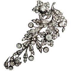 Belle Époque circa 1880, 20.35 Ct Old Mine Cut Diamond Gold Floral Spray Brooch