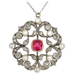 Belle Époque circa 1890, 1.92 Ct Diamond 1.7 Ct Red Spinel Natural Pearl Pendant