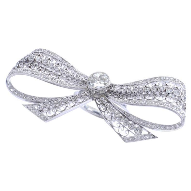 Belle Époque Diamond Platinum Bow Ring