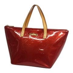 BellevuePM  Verni  Womens  handbag M93583  Pomme Damour