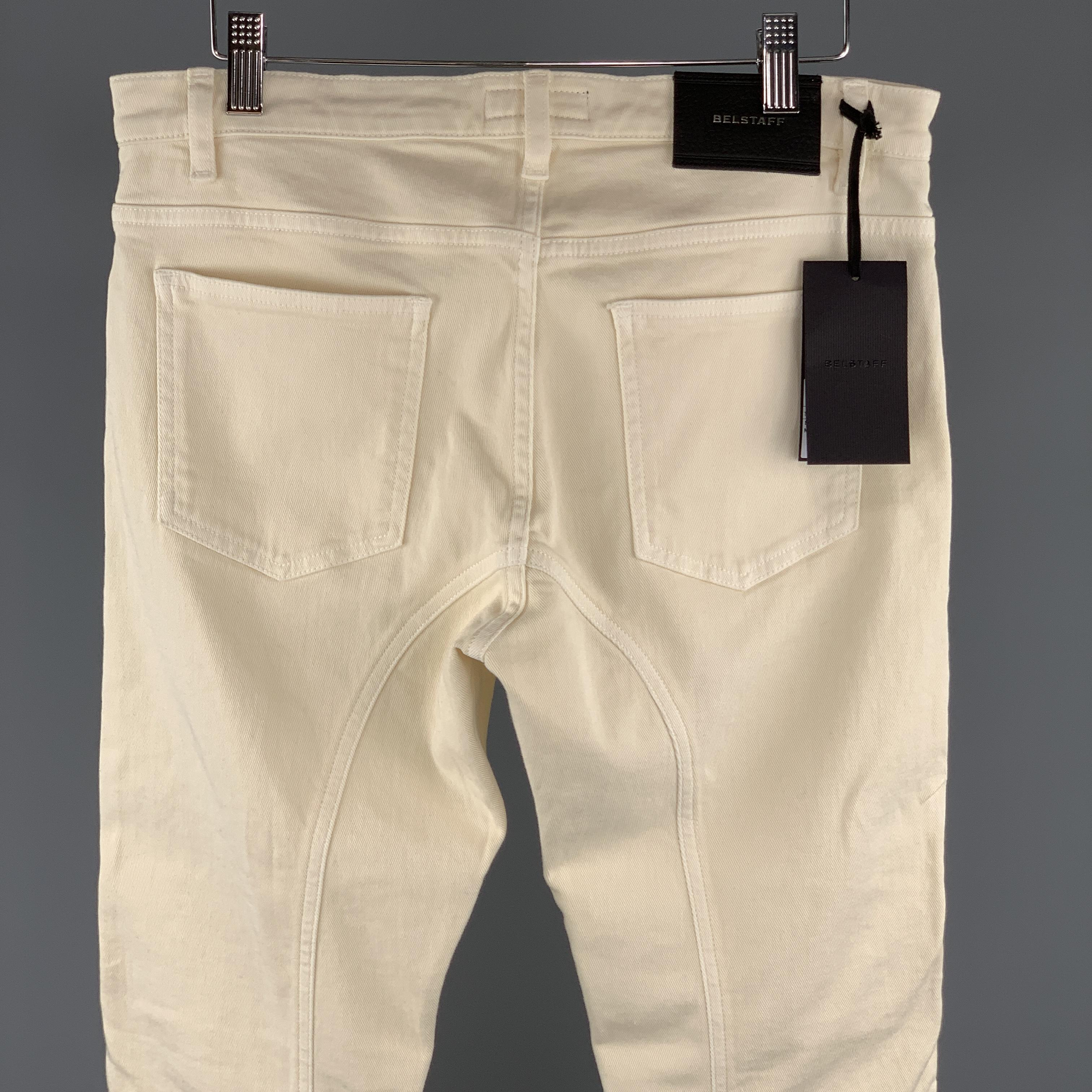 0e47873493f2 BELSTAFF Size 30 x 31 Beige Solid Cotton   Elastane Zip Fly Jeans For Sale  at 1stdibs