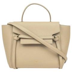 Belt in beige leather