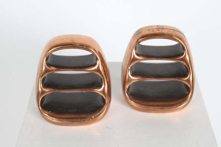 Ben Seibel for Jenfred-Ware Copper Sculptural Ladder Bookends In Good Condition For Sale In St. Louis, MO